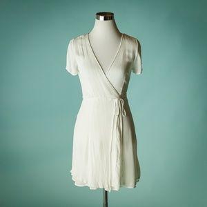 Lulus Medium White Harbor Point Wrap Dress